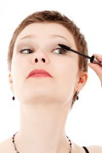 Typiske feil damer gjør når vi påfører mascara