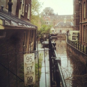 Bilde fra Amsterdams kanaler. Foto: Kosmetikkportalen