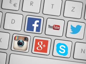 Sosiale medier har endret sminkebransjen.